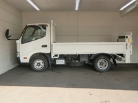 TOYOTA Toyoace Flat Body (With Power Gate) TKG-XZC605 2014 64,274km_3