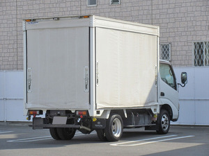 Dyna Truck with Accordion Door_2