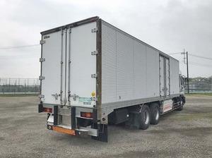 Giga Refrigerator & Freezer Truck_2