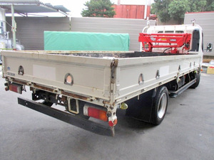 Dutro Truck (With Crane)_2