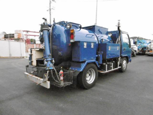 Condor High Pressure Washer Truck_2