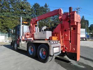 Big Thumb Wrecker Truck_2