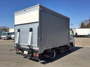 Dyna Truck with Accordion Door_2