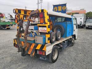 Elf Wrecker Truck_2