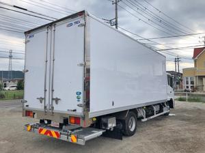 Condor Refrigerator & Freezer Truck_2