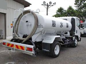 Elf Sprinkler Truck_2