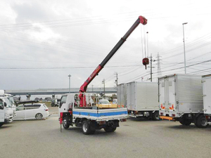 Elf Truck (With 3 Steps Of Unic Cranes)_2
