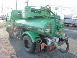 Dutro Vacuum Truck_2