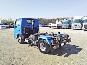 Elf Arm Roll Truck_2