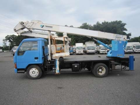 Japanese used mitsubishi fusocanter cherry picker u fe447e kai mitsubishi fuso canter cherry picker u fe447e kai 1993 201664km1 sciox Gallery