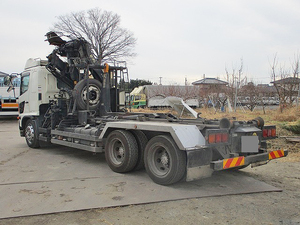 Ranger Container Carrier Truck with Hiab_2