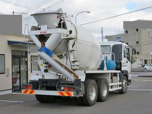 Giga Mixer Truck_2