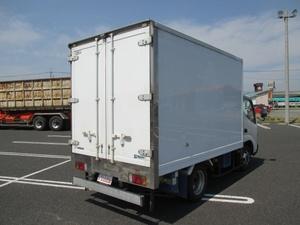 Dutro Refrigerator & Freezer Truck_2