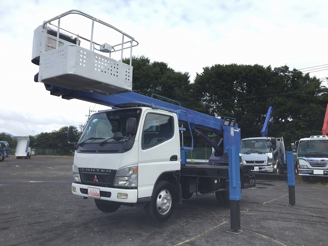 MITSUBISHI FUSO Canter Cherry Picker PA-FE73DC 2005 32,093km