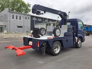 Dutro Wrecker Truck_2