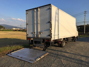 Fighter Refrigerator & Freezer Truck_2